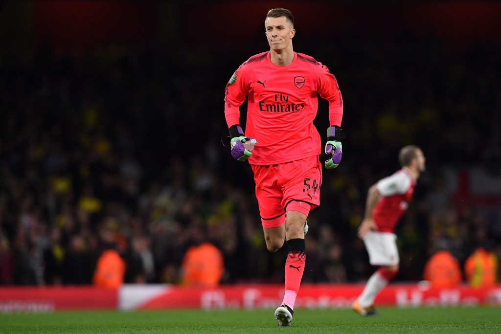 Arsenal's English goalkeeper Matt Macey warms up ahead of the English League Cup fourth round football match between Arsenal and Norwich City at The Emirates Stadium in London on October 24, 2017. / AFP PHOTO / Ben STANSALL / RESTRICTED TO EDITORIAL USE. No use with unauthorized audio, video, data, fixture lists, club/league logos or 'live' services. Online in-match use limited to 75 images, no video emulation. No use in betting, games or single club/league/player publications. / (Photo credit should read BEN STANSALL/AFP/Getty Images)