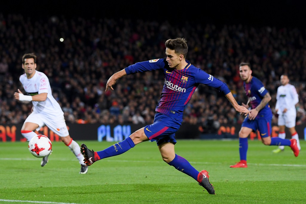BARCELONA, SPAIN - NOVEMBER 29: Denis Suarez of FC Barcelona scores his team's fourth goal during the Copa del Rey round of 32 second leg match between FC Barcelona and Real Murcia at Camp Nou on November 29, 2017 in Barcelona, Spain. (Photo by David Ramos/Getty Images)