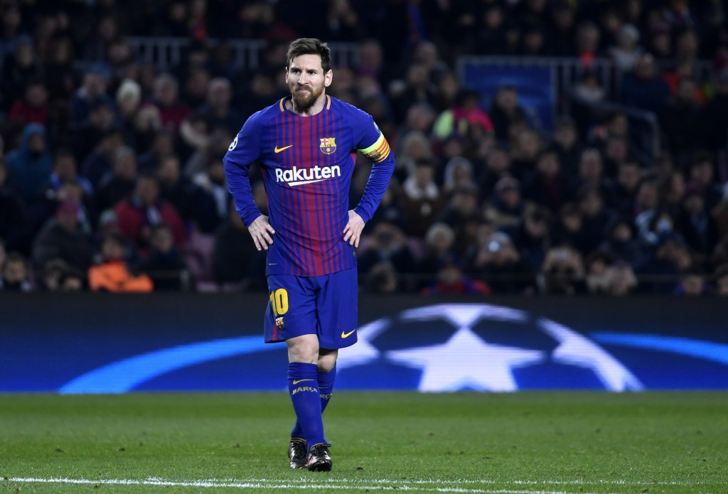 BARCELONA, SPAIN - DECEMBER 05: Lionel Messi of Barcelona looks on during the UEFA Champions League group D match between FC Barcelona and Sporting CP at Camp Nou on December 5, 2017 in Barcelona, Spain. (Photo by Alex Caparros/Getty Images)