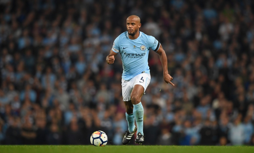 MANCHESTER, ENGLAND - AUGUST 21: Manchester City player Vincent Kompany in action during the Premier League match between Manchester City and Everton at Etihad Stadium on August 21, 2017 in Manchester, England. (Photo by Stu Forster/Getty Images)