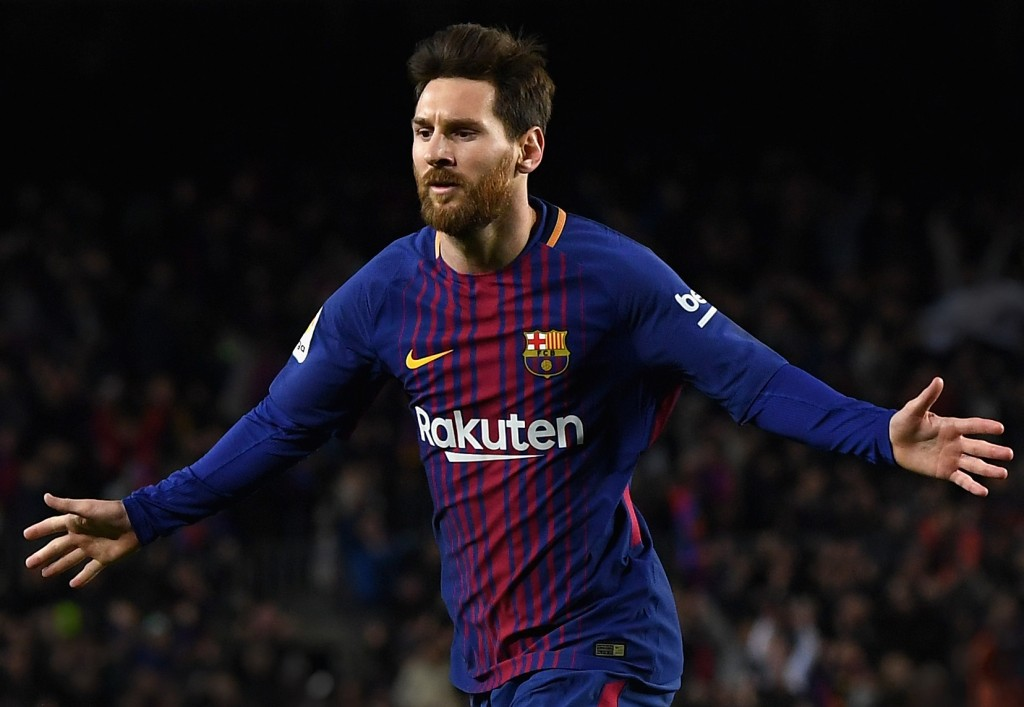 BARCELONA, SPAIN - JANUARY 28: Lionel Messi of Barcelona celebrates after scoring his sides second goal during the La Liga match between Barcelona and Deportivo Alaves at Camp Nou on January 28, 2018 in Barcelona, Spain. (Photo by David Ramos/Getty Images)