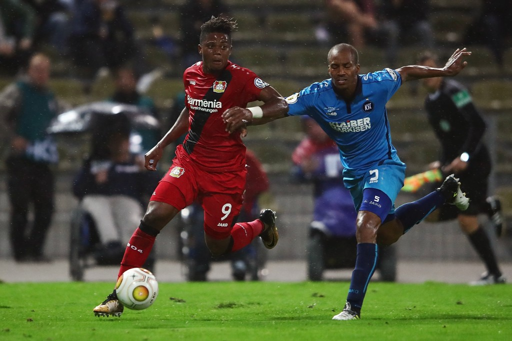 KARLSRUHE, GERMANY - AUGUST 11: Leon Bailey of Leverkusen eludes David Pisot of Karlsruhe during the DFB Cup first round match between Karlsruher SC and Bayer Leverkusen at Wildparkstadion on August 11, 2017 in Karlsruhe, Germany. (Photo by Alex Grimm/Bongarts/Getty Images)