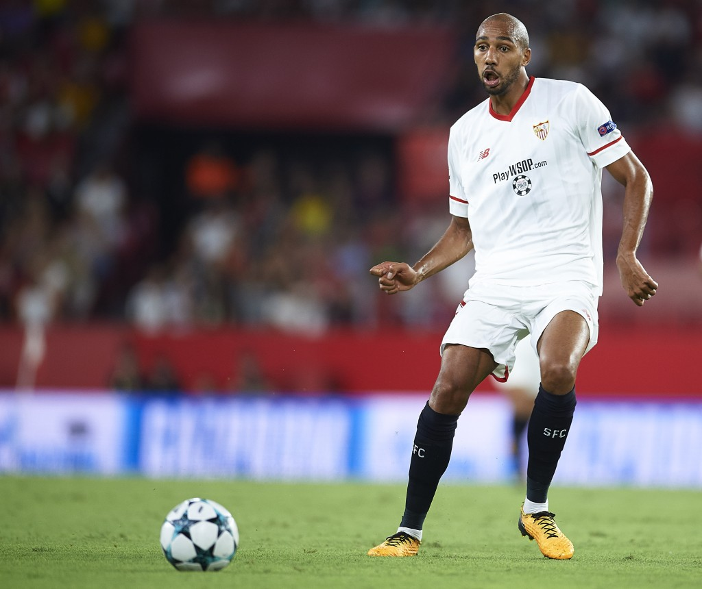 SEVILLE, SPAIN - AUGUST 22: Steven N'Zonzi of Sevilla FC in action during the UEFA Champions League Qualifying Play-Offs round second leg match between Sevilla FC and Istanbul Basaksehir F.K. at Estadio Ramon Sanchez Pizjuan on August 22, 2017 in Seville, Spain. (Photo by Aitor Alcalde/Getty Images)