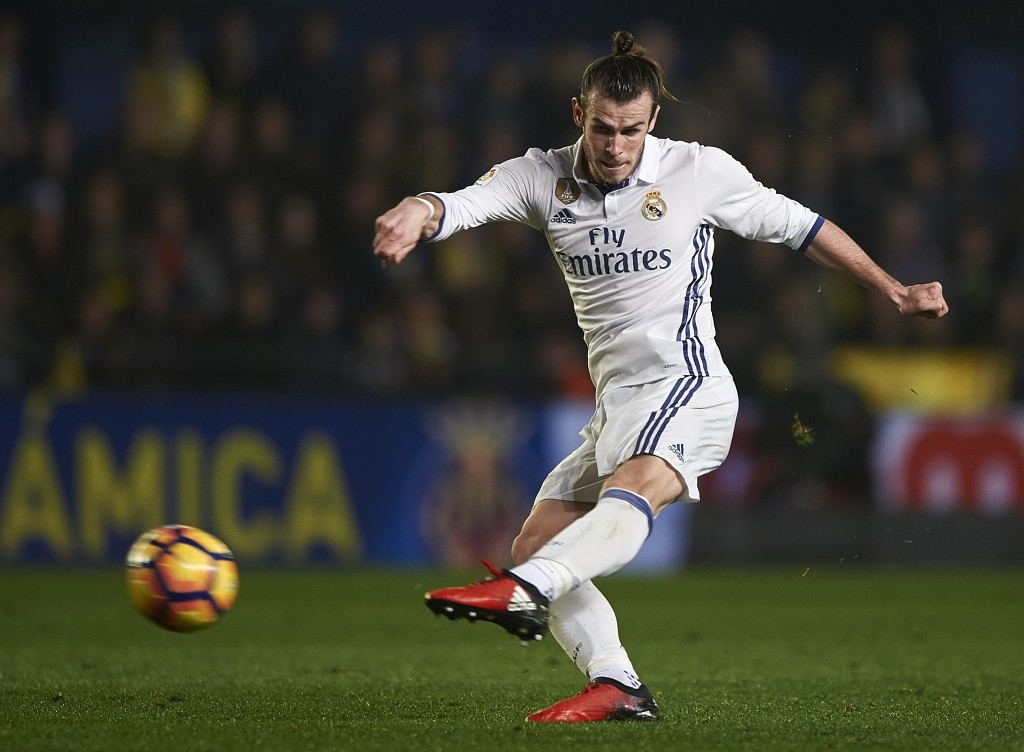 VILLARREAL, SPAIN - FEBRUARY 26: Gareth Bale of Real Madrid in action during the La Liga match between Villarreal CF and Real Madrid at Estadio de la Ceramica on February 26, 2017 in Villarreal, Spain. (Photo by Fotopress/Getty Images)
