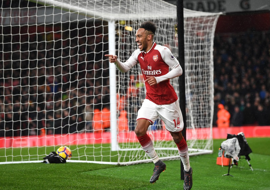 LONDON, ENGLAND - FEBRUARY 03: Pierre-Emerick Aubameyang of Arsenal celebrates after scoring his sides fourth goal during the Premier League match between Arsenal and Everton at Emirates Stadium on February 3, 2018 in London, England. (Photo by Michael Regan/Getty Images)