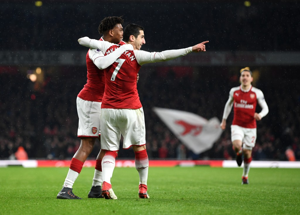 LONDON, ENGLAND - FEBRUARY 03: Henrikh Mkhitaryan of Arsenal and Alex Iwobi of Arsenal celebrate their sides first goal during the Premier League match between Arsenal and Everton at Emirates Stadium on February 3, 2018 in London, England. (Photo by Michael Regan/Getty Images)