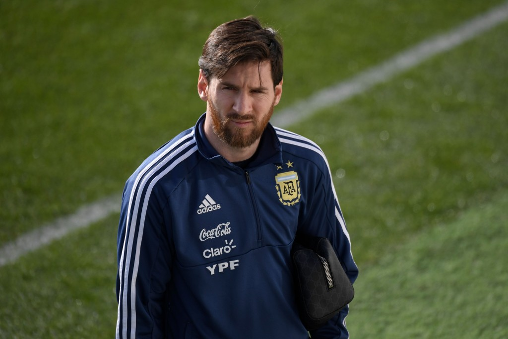 Argentina's forward Lionel Messi attends a training session in Madrid on March 25, 2018 ahead of an international friendly football match between Spain and Argentina. / AFP PHOTO / GABRIEL BOUYS (Photo credit should read GABRIEL BOUYS/AFP/Getty Images)