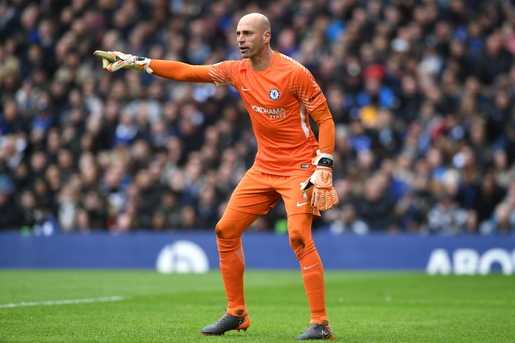 LONDON, ENGLAND - APRIL 01: Willy Caballero of Chelsea gives his team instructions during the Premier League match between Chelsea and Tottenham Hotspur at Stamford Bridge on April 1, 2018 in London, England. (Photo by Michael Regan/Getty Images)