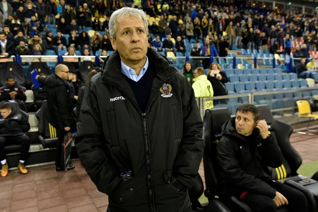 Nice's head coach Lucien Favre looks on during the UEFA Europa League Group K football match between Vitesse Arnhem and Nice at the Gelredome stadium in Arnhem on December 7, 2017. / AFP PHOTO / JOHN THYS (Photo credit should read JOHN THYS/AFP/Getty Images)