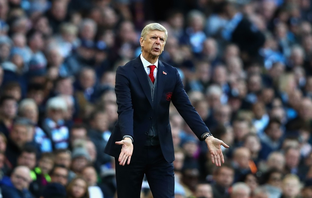 MANCHESTER, ENGLAND - NOVEMBER 05: Arsene Wenger, Manager of Arsenal reacts during the Premier League match between Manchester City and Arsenal at Etihad Stadium on November 5, 2017 in Manchester, England. (Photo by Clive Brunskill/Getty Images)