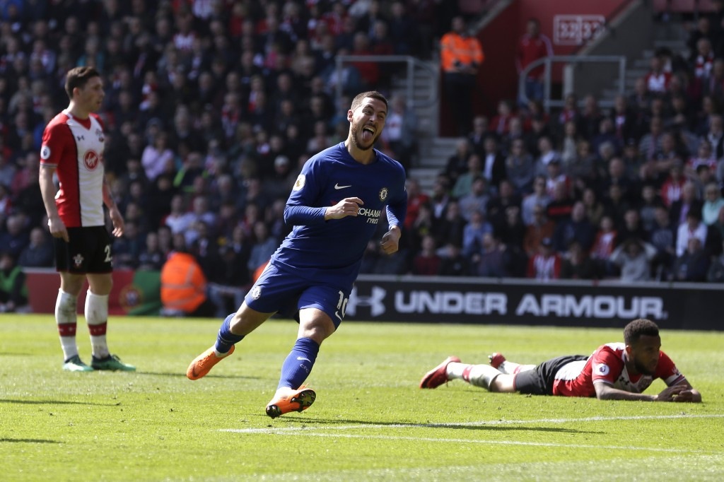SOUTHAMPTON, ENGLAND - APRIL 14: Eden Hazard of Chelsea celebrates after scoring his sides second goal during the Premier League match between Southampton and Chelsea at St Mary's Stadium on April 14, 2018 in Southampton, England. (Photo by Henry Browne/Getty Images)