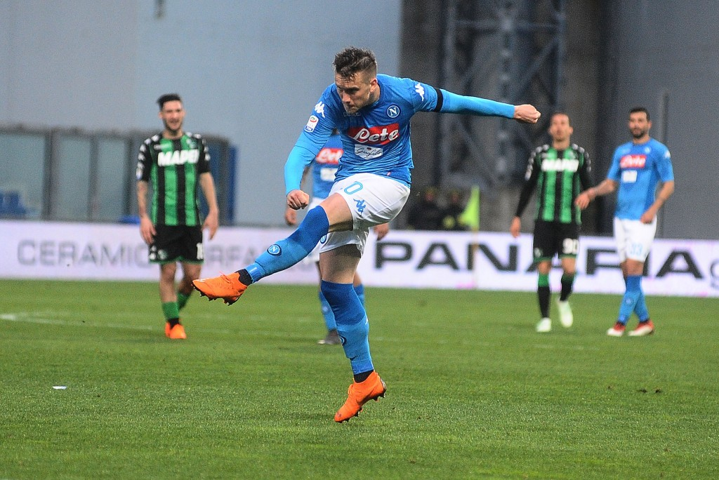 REGGIO NELL'EMILIA, ITALY - MARCH 31: Piotr Zielinski in action during the serie A match between US Sassuolo and SSC Napoli at Mapei Stadium - Citta' del Tricolore on March 31, 2018 in Reggio nell'Emilia, Italy. (Photo by Mario Carlini / Iguana Press/Getty Images)