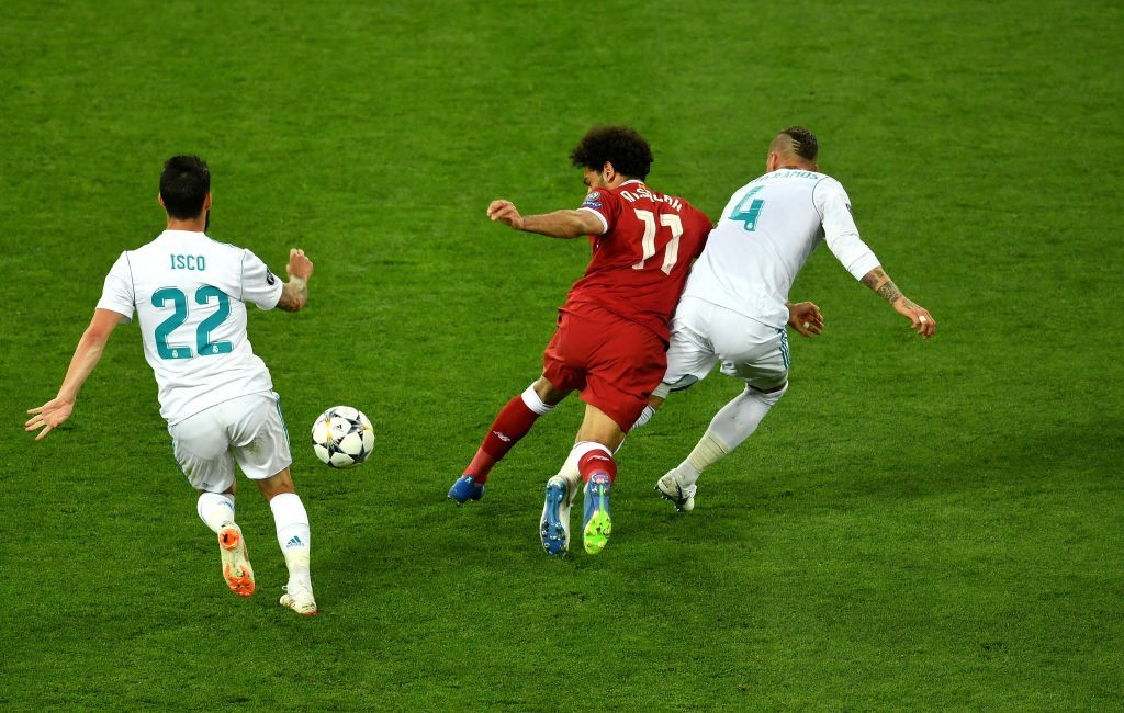 The tussle between Ramos and Salah was a major talking point in the match. (Photo courtesy - Mike Hewitt/Getty Images)