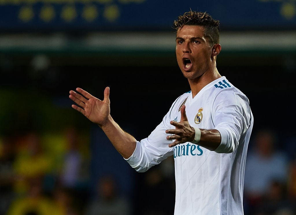 Ronaldo needs more from his teammates. (Photo courtesy - Manuel Queimadelos Alonso/Getty Images)