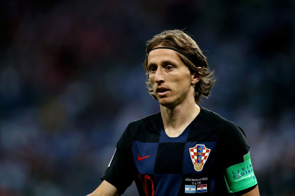 NIZHNY NOVGOROD, RUSSIA - JUNE 21: Luka Modric of Croatia looks on during the 2018 FIFA World Cup Russia group D match between Argentina and Croatia at Nizhny Novgorod Stadium on June 21, 2018 in Nizhny Novgorod, Russia. (Photo by Jan Kruger/Getty Images)