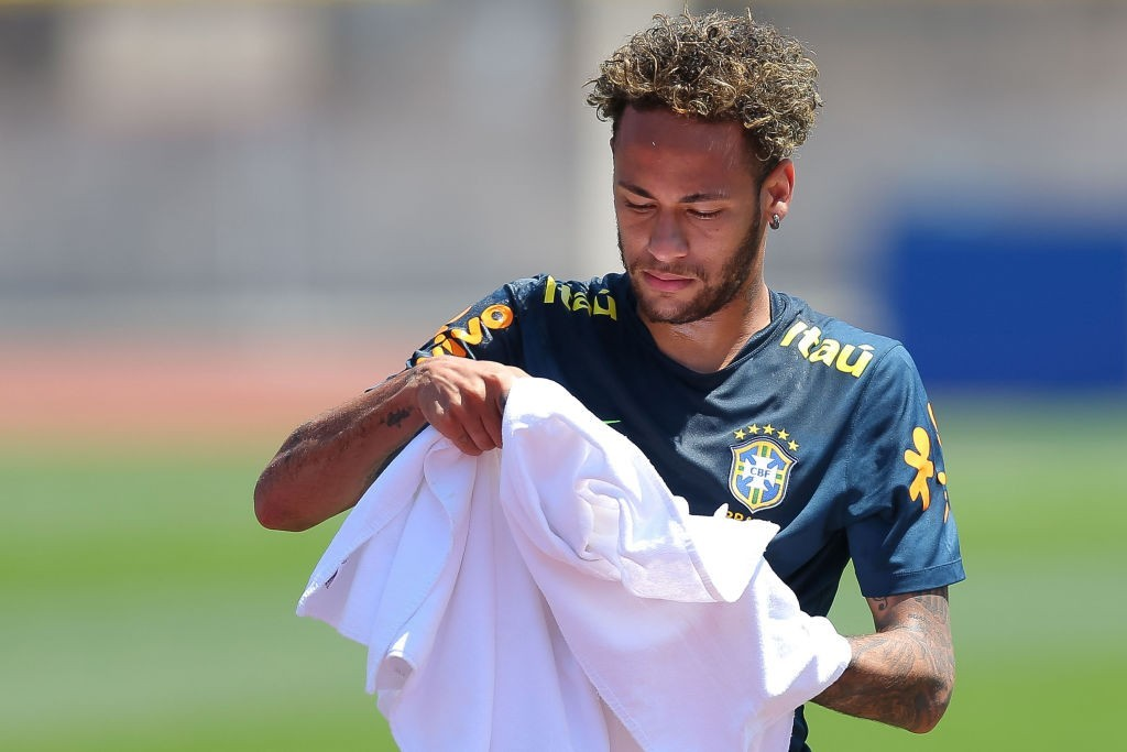 The race to sign Neymar is intensifying. (Photo courtesy - Buda Mendes/Getty Images)