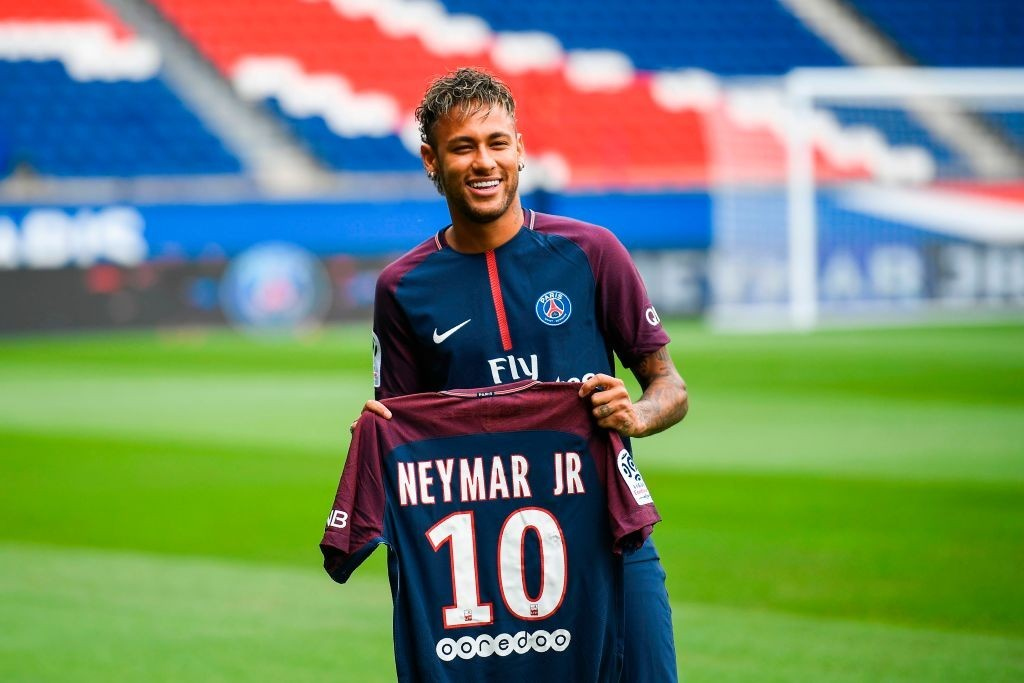 Neymar's departure from Barcelona came as a surprise (Photo: LIONEL BONAVENTURE/AFP/Getty Images)