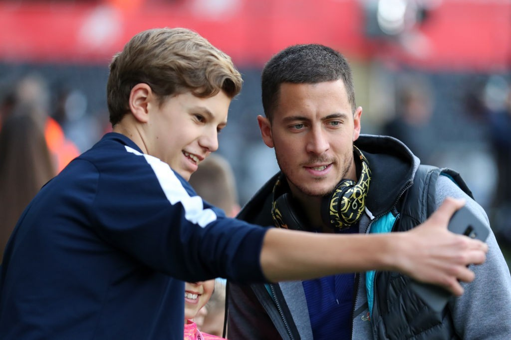 Chelsea want world record fee from Real Madrid for Eden Hazard