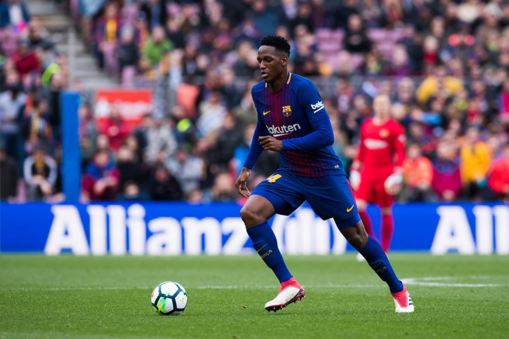 Yerry Mina is expected to complete his move from Barcelona to Everton before the transfer window shuts in England. (Photo courtesy: AFP/Getty)