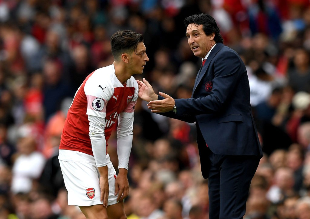 Is Emery pushing Mesut Ozil out of Arsenal? (Photo courtesy: AFP/Getty)