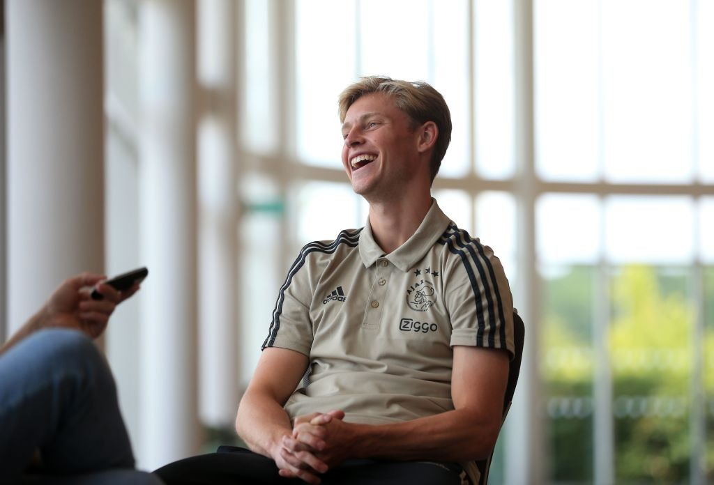 Barcelona or Tottenham for De Jong? (Photo credit should read LINDSEY PARNABY/AFP/Getty Images)