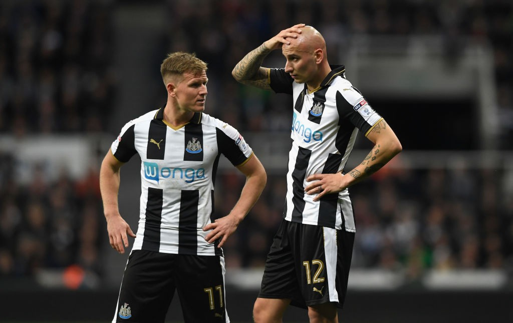 Jonjo Shelvey and Matt Ritchie have returned to Newcastle training to provide a timely boost for Rafa benitez. (Photo courtesy: AFP/Getty)