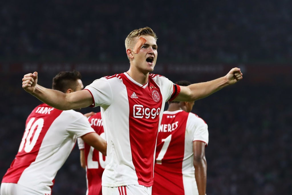 Ajax's 19-year-old defender Matthijs De Ligt might prefer a move to Barcelona over Manchester United. (Photo courtesy: Dean Mouhtaropoulos/AFP/Getty)