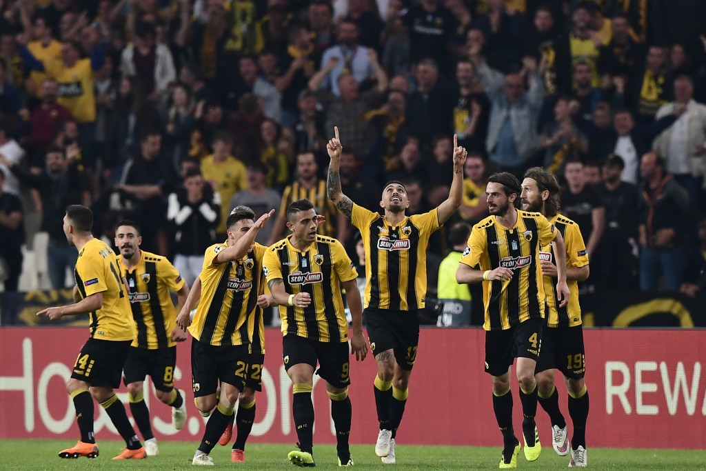 Can AEK Athens pull of an upset this week (Photo by Aris Messinis/AFP/Getty Images)