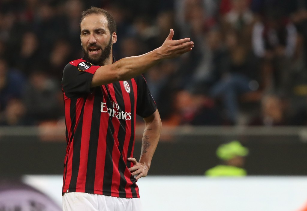 Gonzalo Higuain had a frustrating game against Betis. (Photo by Marco Luzzani/Getty Images)