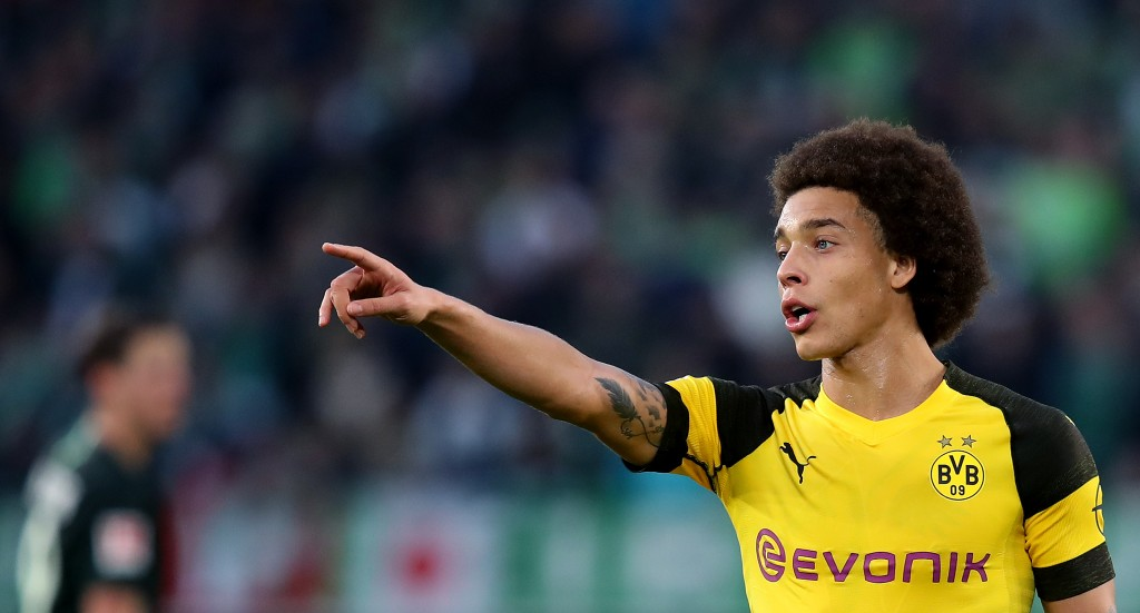 WOLFSBURG, GERMANY - NOVEMBER 03: Axel Witsel of Dortmund gestures during the Bundesliga match between VfL Wolfsburg and Borussia Dortmund at Volkswagen Arena on November 3, 2018 in Wolfsburg, Germany. (Photo by Ronny Hartmann/Bongarts/Getty Images)