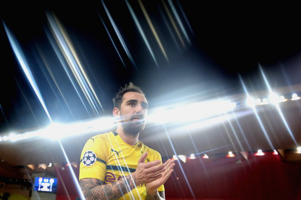 MONACO - DECEMBER 11: (EDITORS NOTE: STAR EFFECT FILTER USED TO CREATE THIS PICTURE!) Paco Alcacer of Dortmund celebrates victory after winning the UEFA Champions League Group A match between AS Monaco and Borussia Dortmund at Stade Louis II on December 11, 2018 in Monaco, Monaco. (Photo by Alexander Hassenstein/Bongarts/Getty Images)
