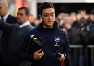 Mesut Ozil leaves Arsenal to join Fenerbahce: What's Next For The Gunners? | THT Opinion
