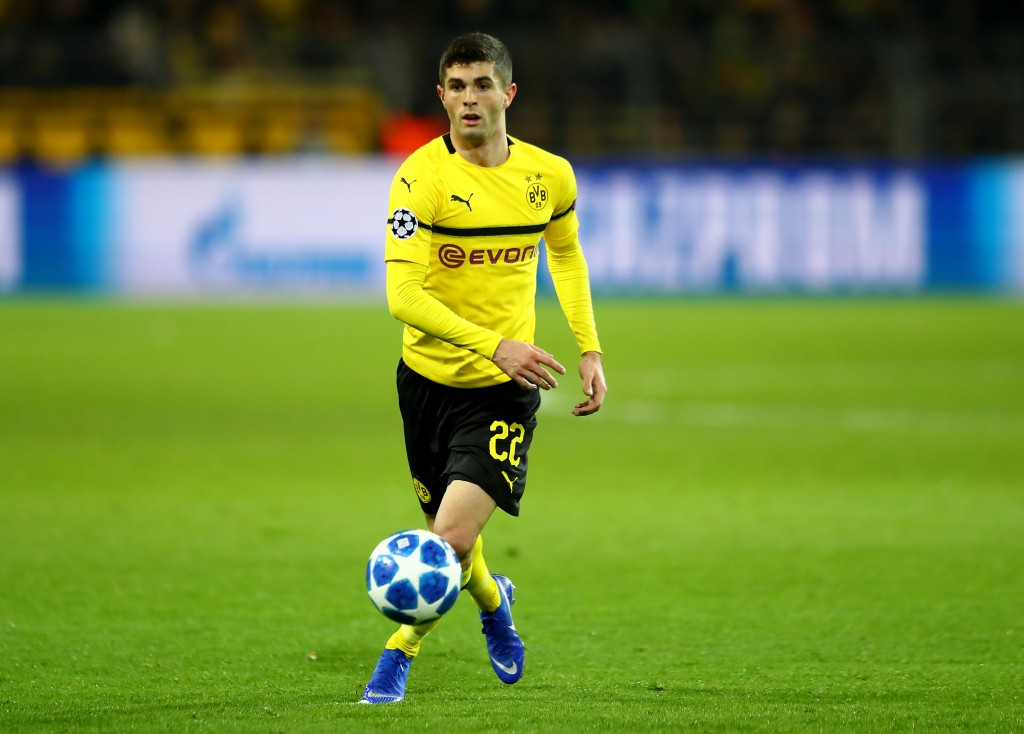 DORTMUND, GERMANY - NOVEMBER 28: Christian Pulisic of Dortmund runs with the ball during the Group A match of the UEFA Champions League between Borussia Dortmund and Club Brugge at Signal Iduna Park on November 28, 2018 in Dortmund, Germany. (Photo by Martin Rose/Getty Images)