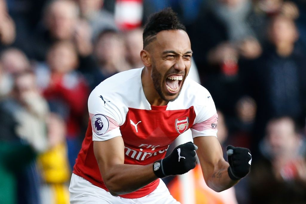 Aubameyang currently leads the PL scoring charts, one ahead of Liverpool's Mo Salah. (Photo courtesy: AFPGetty)