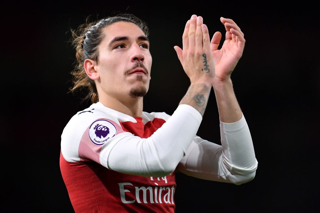 Hector Bellerin is among six other Arsenal players to return to full training. (Photo courtesy: AFP/Getty)