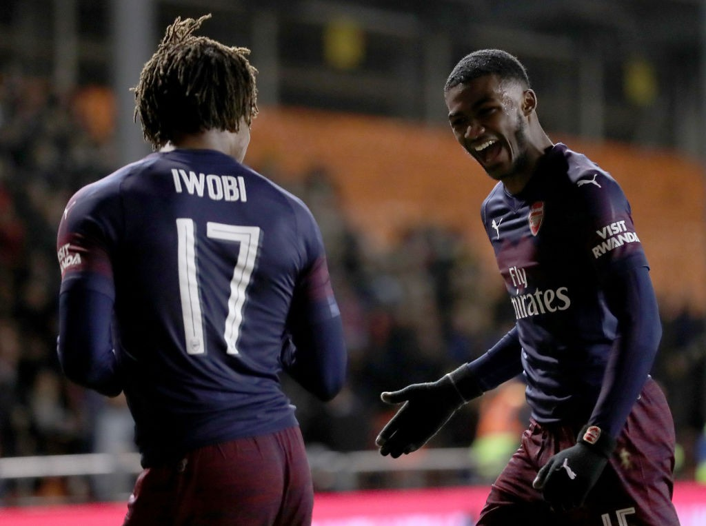 Alex Iwobi and Ainsley Maitland-Niles were a menace to the Blackpool defenders. (Photo courtesy: AFP/Getty)