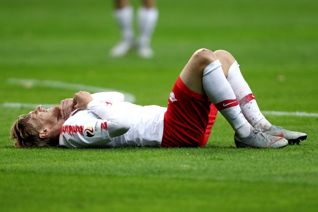 FRANKFURT AM MAIN, GERMANY - SEPTEMBER 23: Emil Forsberg of RB Leipzig reacts during the Bundesliga match between Eintracht Frankfurt and RB Leipzig at Commerzbank-Arena on September 23, 2018 in Frankfurt am Main, Germany. (Photo by Alex Grimm/Bongarts/Getty Images)