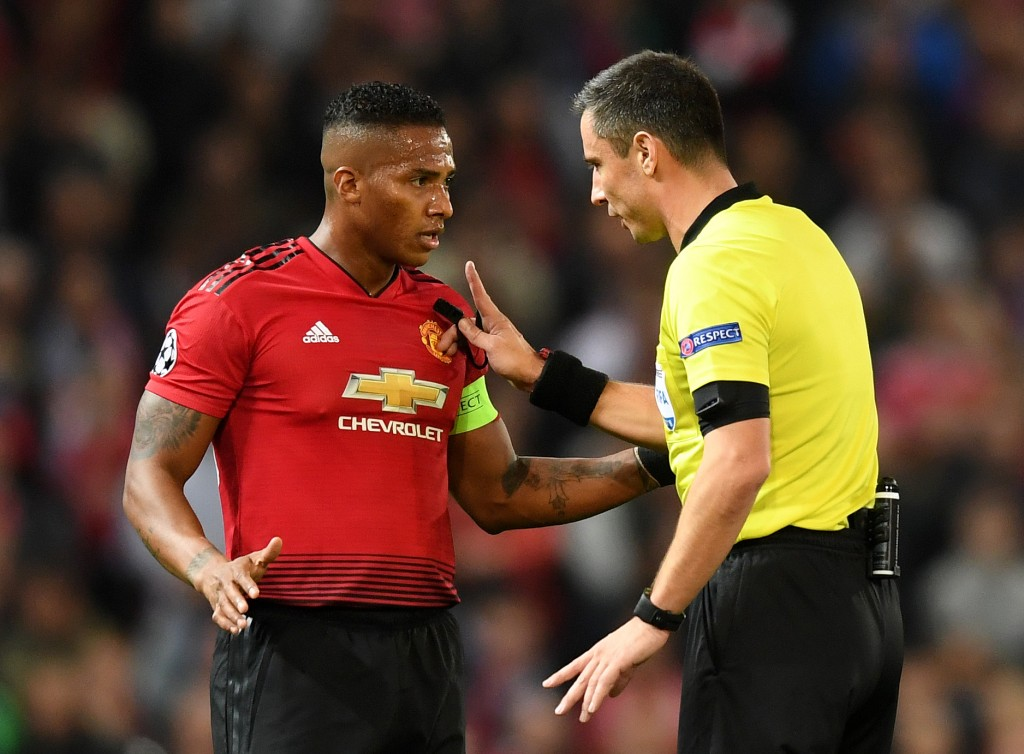 Antonio Valencia in talks to leave Manchester United and join Inter Milan