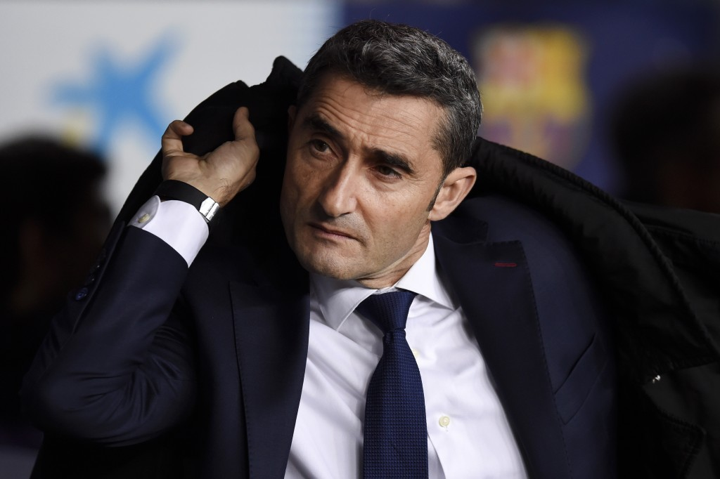 BARCELONA, SPAIN - DECEMBER 22: Ernesto Valverde, Manager of Barcelona looks on prior to the La Liga match between FC Barcelona and RC Celta de Vigo at Camp Nou on December 22, 2018 in Barcelona, Spain. (Photo by Alex Caparros/Getty Images)