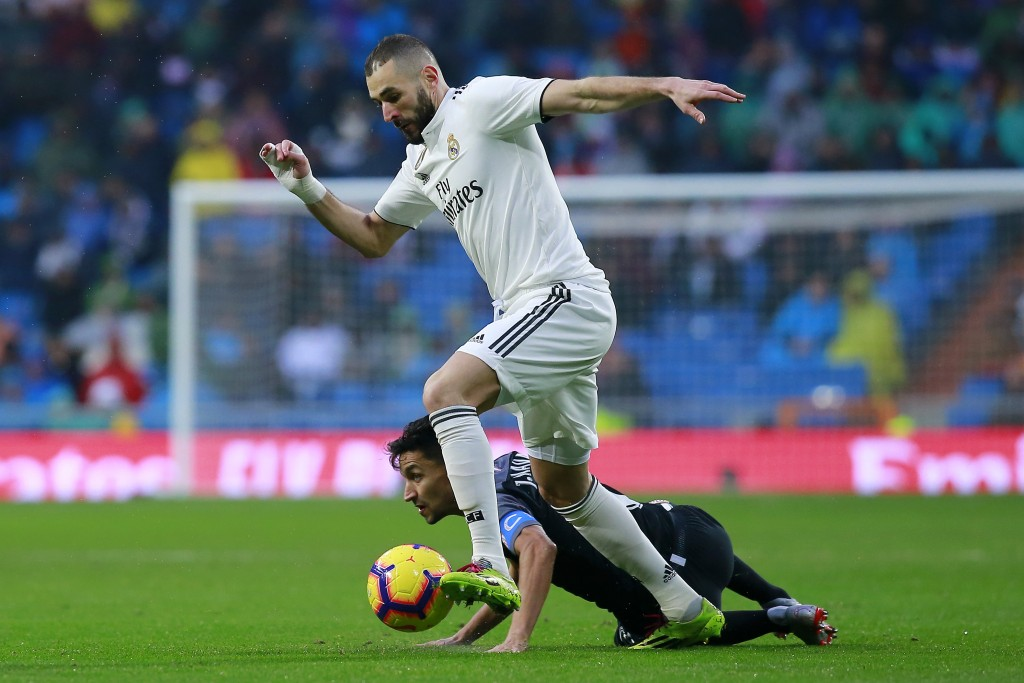 A quiet day in the office for Benzema (Photo by Gonzalo Arroyo Moreno/Getty Images)