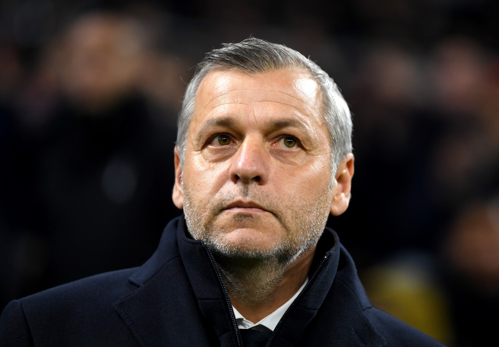 LYON, FRANCE - NOVEMBER 27: Bruno Genesio, Manager of Olympique Lyonnais looks on prior to the UEFA Champions League Group F match between Olympique Lyonnais and Manchester City at Groupama Stadium on November 27, 2018 in Lyon, France. (Photo by Shaun Botterill/Getty Images)