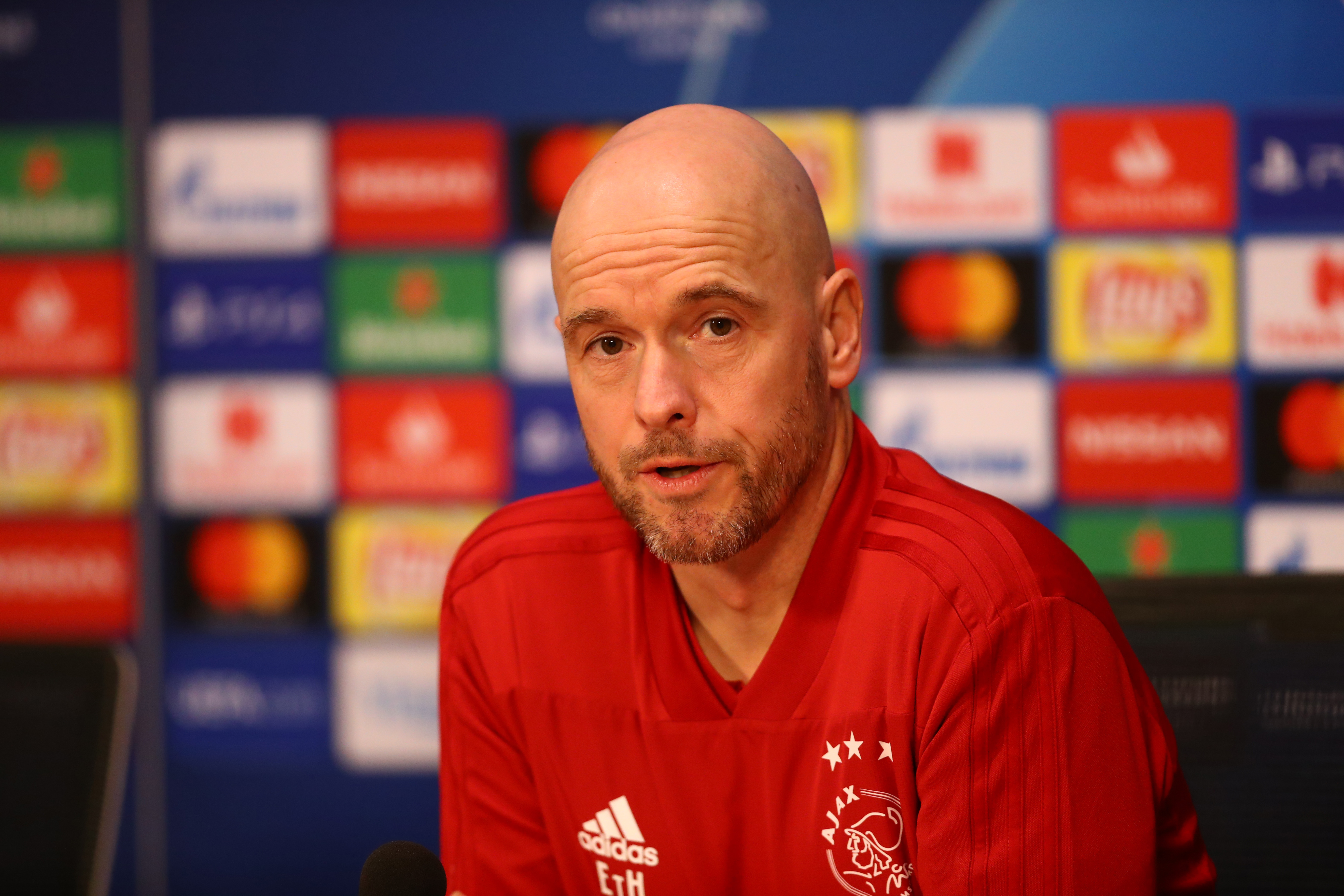 Erik ten Hag's side have been in brilliant form (Photo by Dean Mouhtaropoulos/Getty Images)
