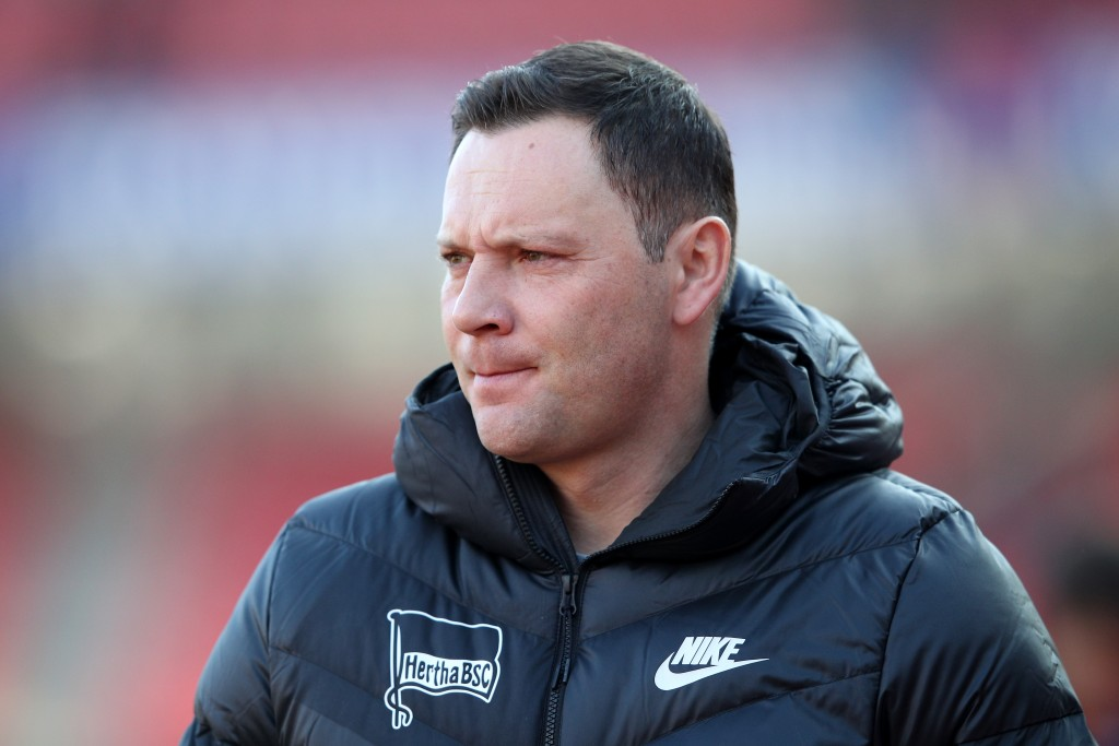 NUREMBERG, GERMANY - JANUARY 20: Pal Dardai, Manager of Hertha BSC looks on prior to the Bundesliga match between 1. FC Nuernberg and Hertha BSC at Max-Morlock-Stadion on January 20, 2019 in Nuremberg, Germany. (Photo by Adam Pretty/Bongarts/Getty Images)