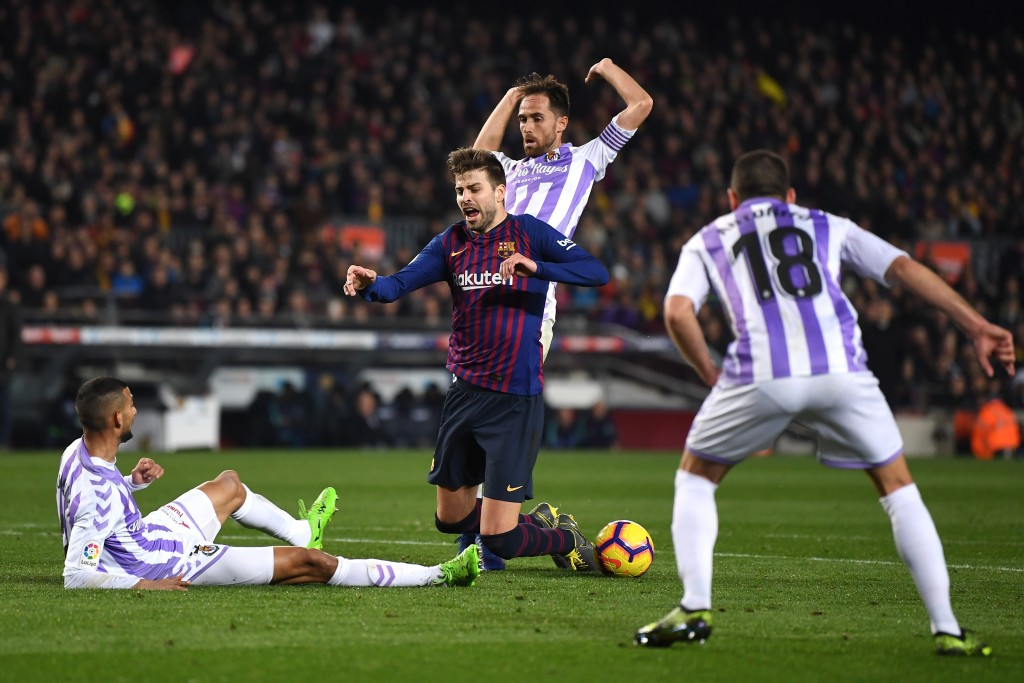 Barcelona draw blank as stalemate gives Lyon glimmer of hope