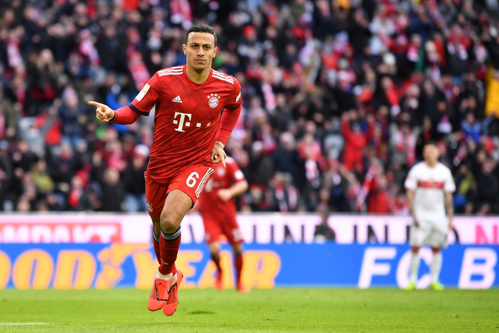 MUNICH, GERMANY - JANUARY 27: Thiago Alcantara of Bayern Munich celebrates scoring his team's first goal during the Bundesliga match between FC Bayern Muenchen and VfB Stuttgart at Allianz Arena on January 27, 2019 in Munich, Germany. (Photo by Sebastian Widmann/Bongarts/Getty Images)