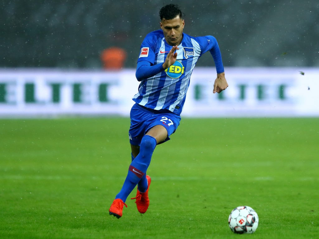 BERLIN, GERMANY - FEBRUARY 02: Davie Selke of Berlin runs with the ball during the Bundesliga match between Hertha BSC and VfL Wolfsburg at Olympiastadion on February 02, 2019 in Berlin, Germany. (Photo by Martin Rose/Bongarts/Getty Images)