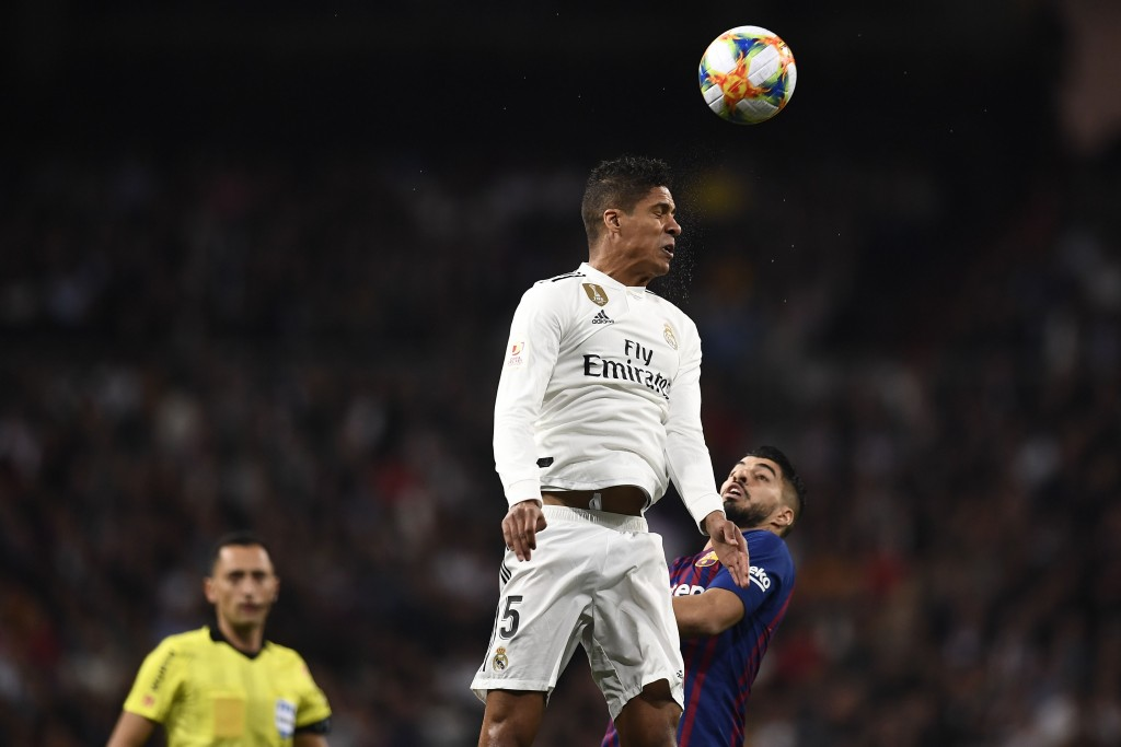 A game of highs and lows for Varane. (Photo by Oscar Del Pozo/AFP/Getty Images)
