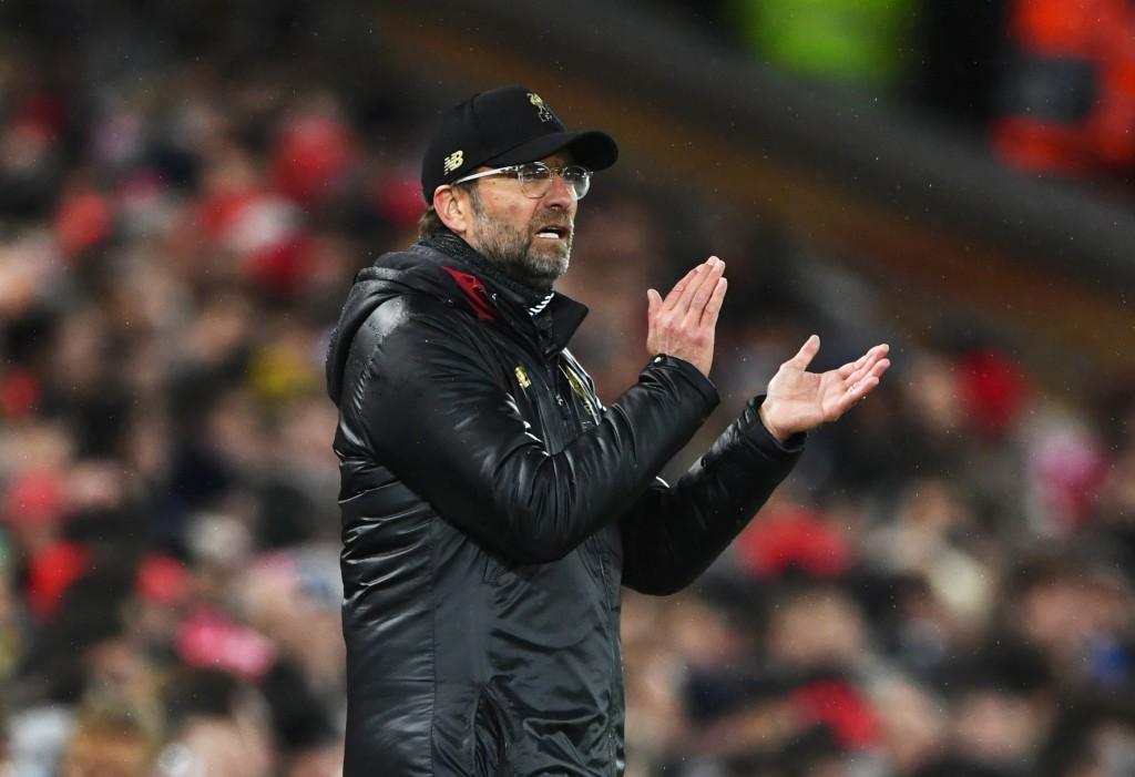 LIVERPOOL, ENGLAND - FEBRUARY 19: Jurgen Klopp, Manager of Liverpool applauds during the UEFA Champions League Round of 16 First Leg match between Liverpool and FC Bayern Muenchen at Anfield on February 19, 2019 in Liverpool, England. (Photo by Stu Forster/Getty Images)