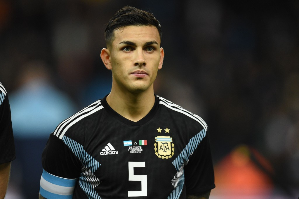 Argentina's midfielder Leandro Paredes lines up ahead of the International friendly football match between Argentina and Italy at the Etihad stadium in Manchester, north west England on March 23, 2018. / AFP PHOTO / Oli SCARFF (Photo credit should read OLI SCARFF/AFP/Getty Images)