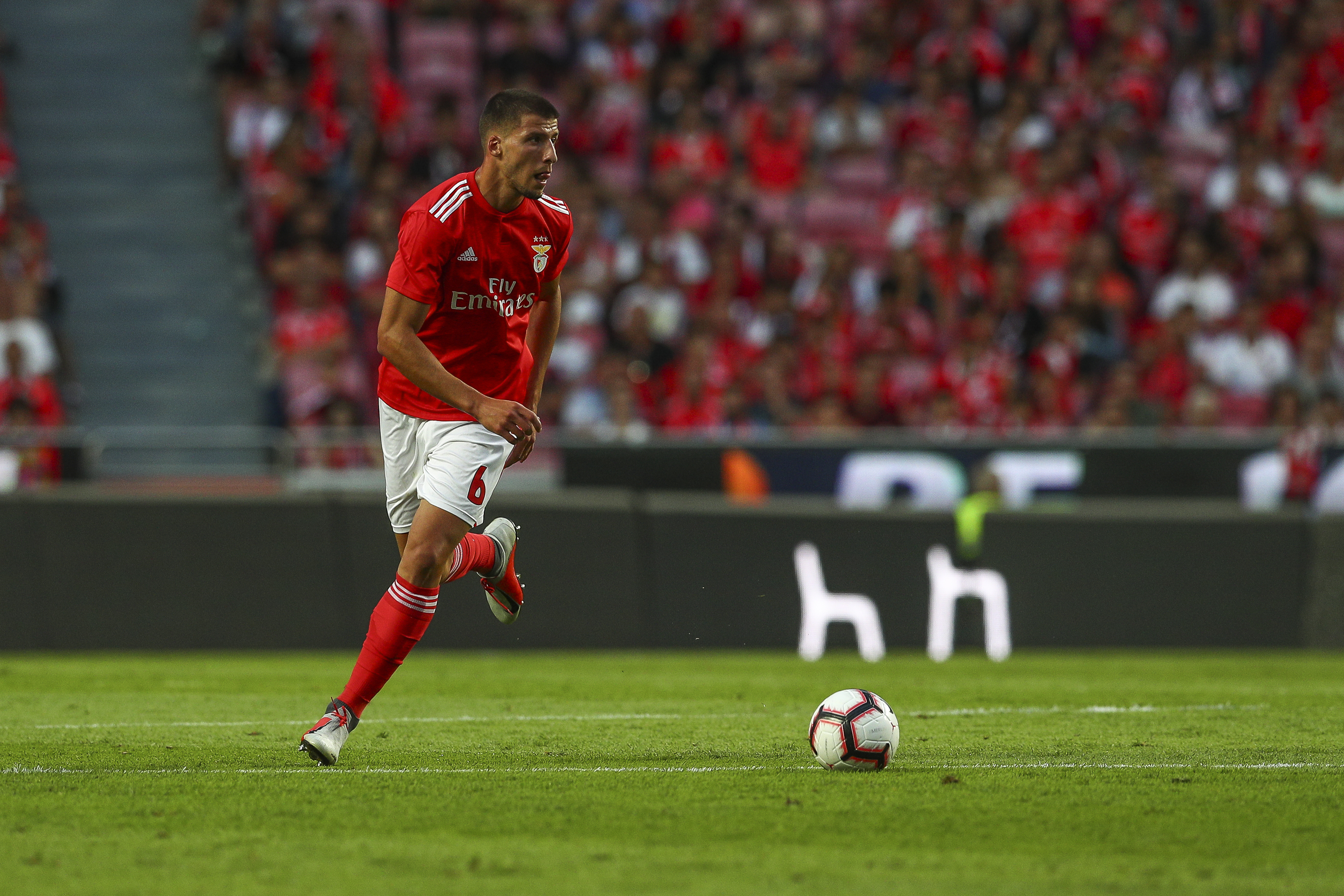 Arsenal want Ruben Dias to replace Koscielny (Photo courtesy: AFP/Getty)